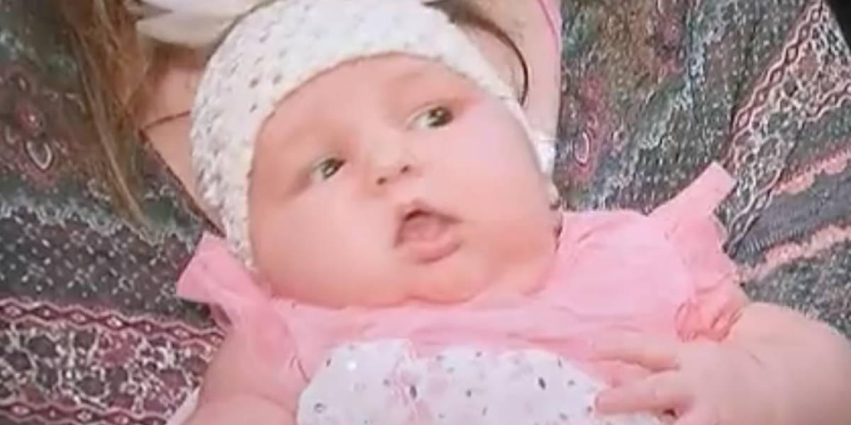 Mujer da a luz bebé de 13 libras