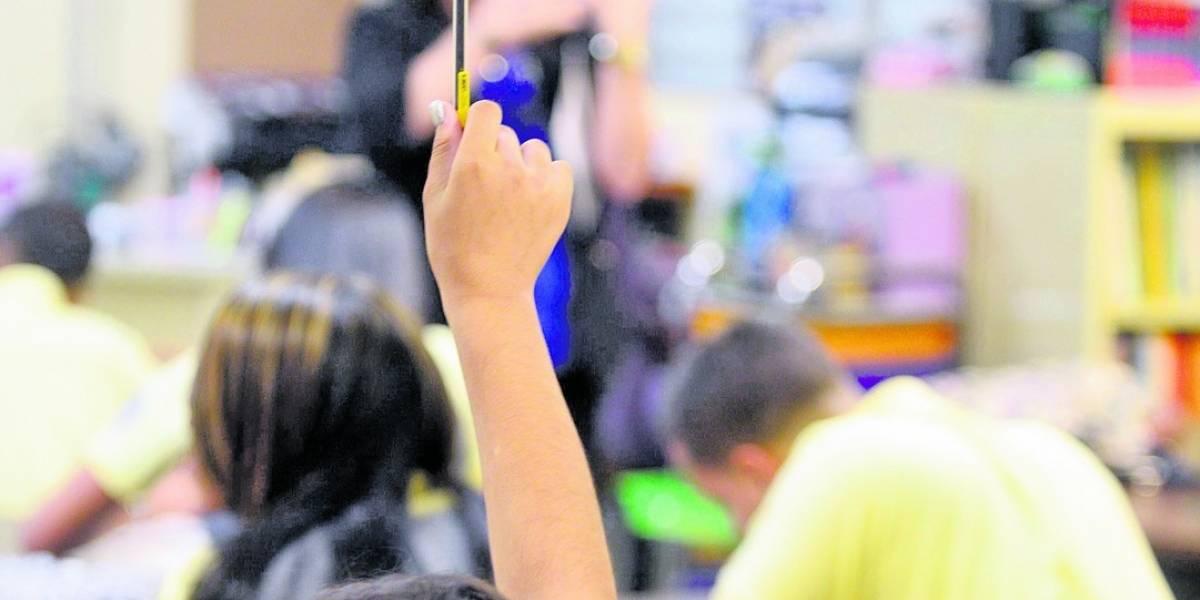 Escuelas reinician la docencia en regiones de San Juan y Mayagüez