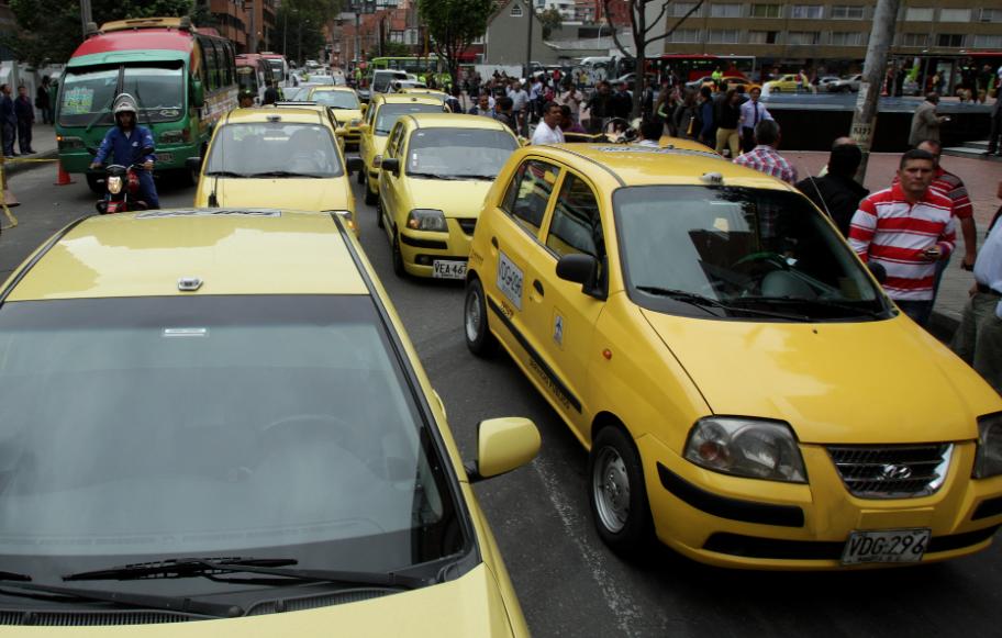 Estos serían los planes futuros de Hugo Ospina con su taxi amarillo