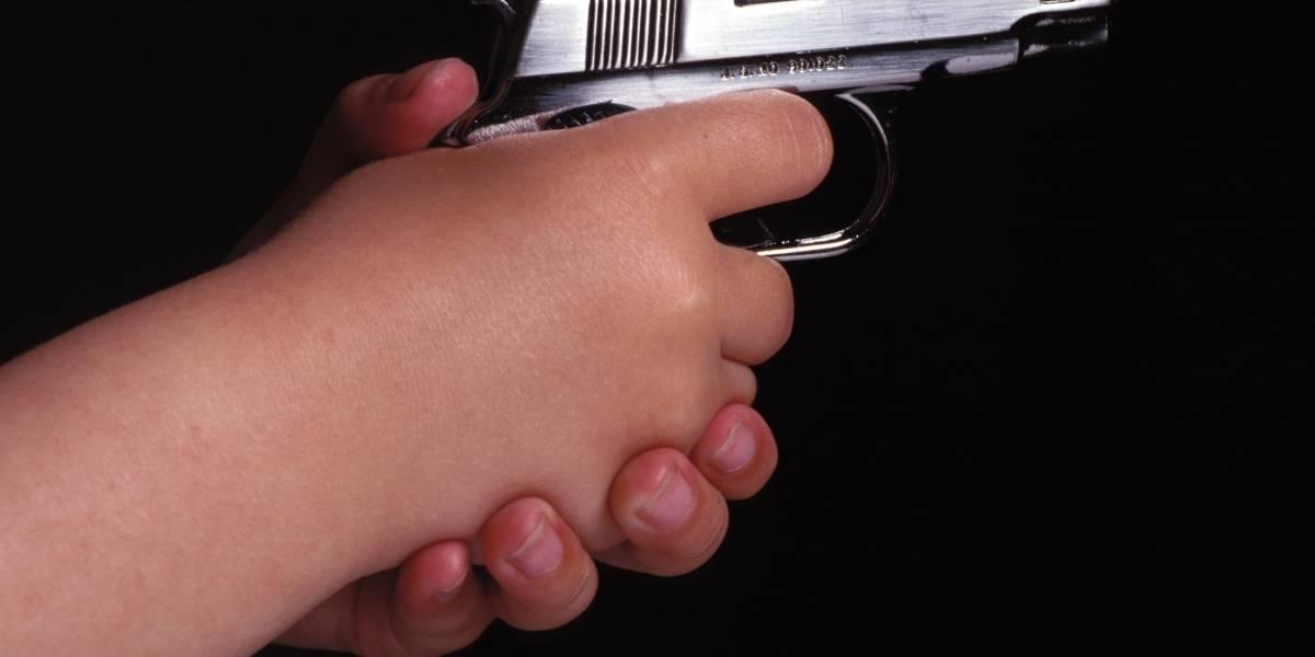 Niños con armas causan dos muertes accidentales en EE.UU.