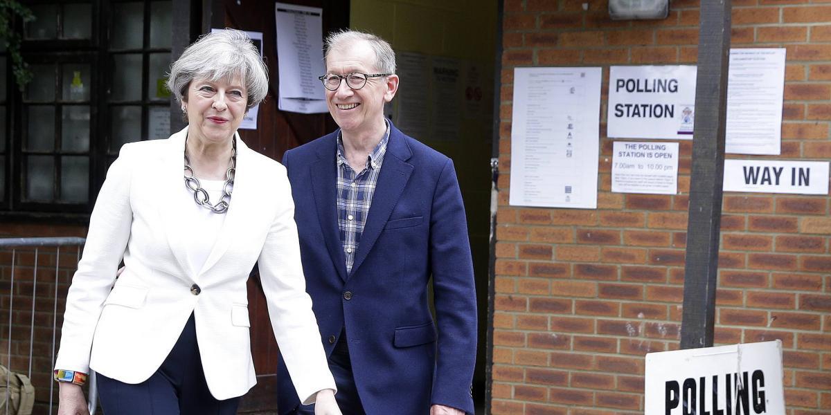 May y los Conservadores ganan en Reino Unido, pero sin mayoría absoluta: encuestas de salida