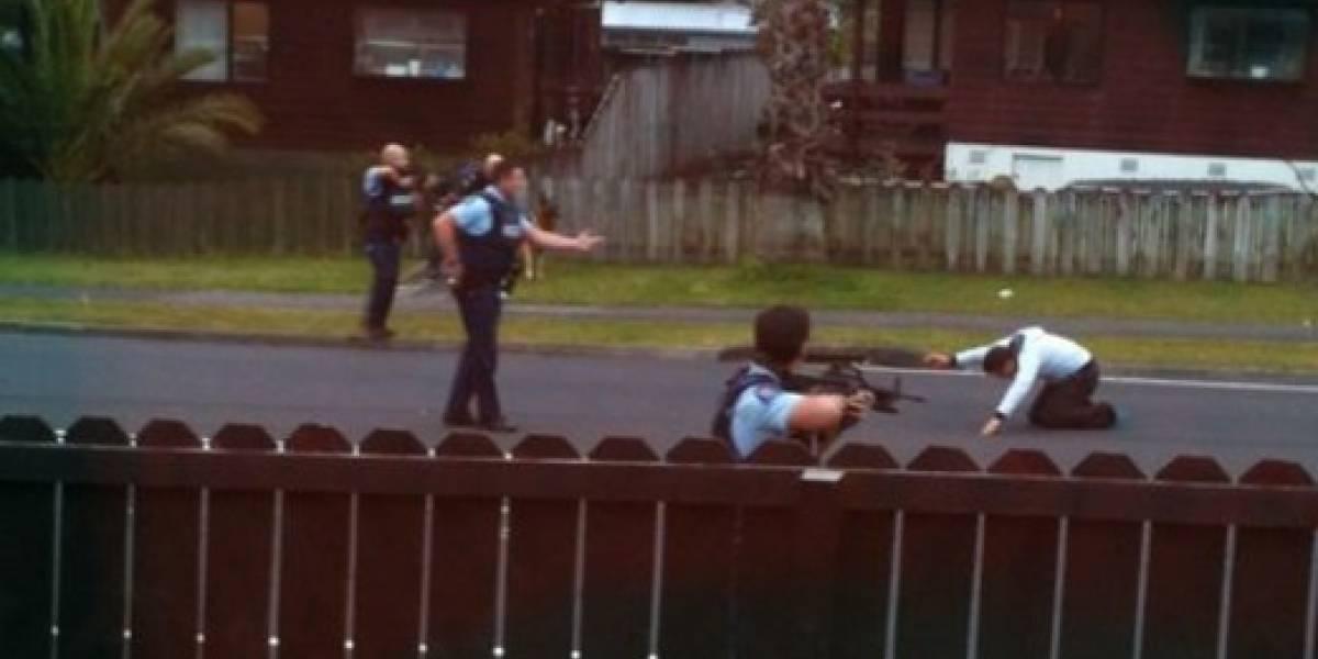 La hilarante y creativa improvisación de policía para detener a ladrón que se convirtió en viral en Facebook
