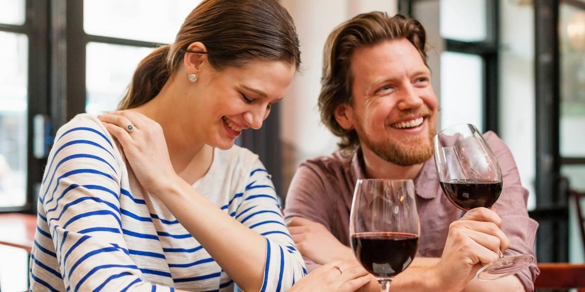 Geração 'millennials' está bebendo mais vinho, diz estudo