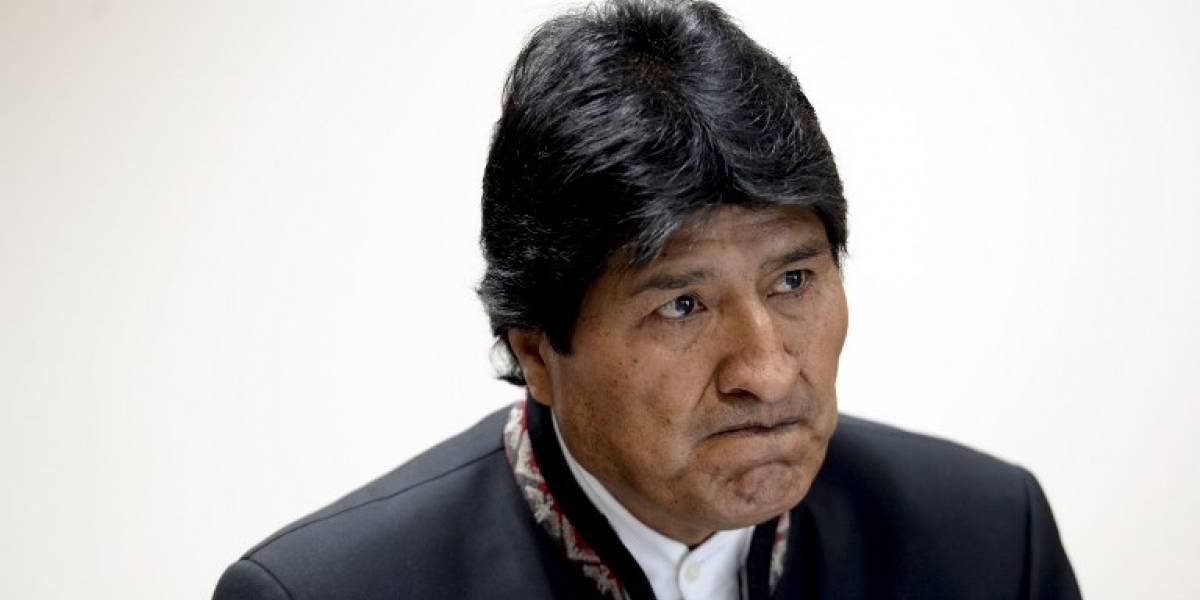 """Morales denuncia en Bruselas """"agresión económica permanente"""" de Chile"""
