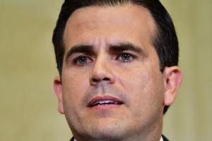 Rosselló reclama a la Junta por posible reducción en jornada laboral