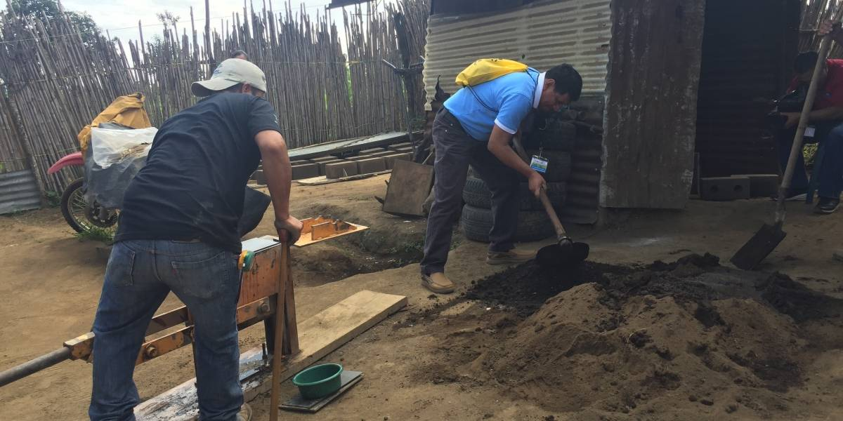 """Banrural y Hábitat presentan la rifa contra la """"pobreza extrema"""""""