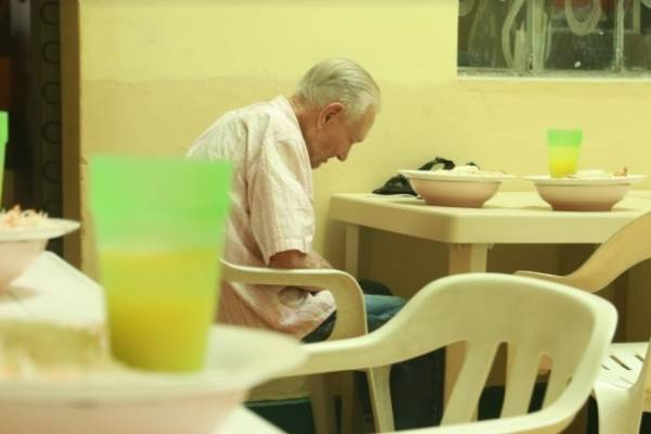Pan para un abuelo en Medellín