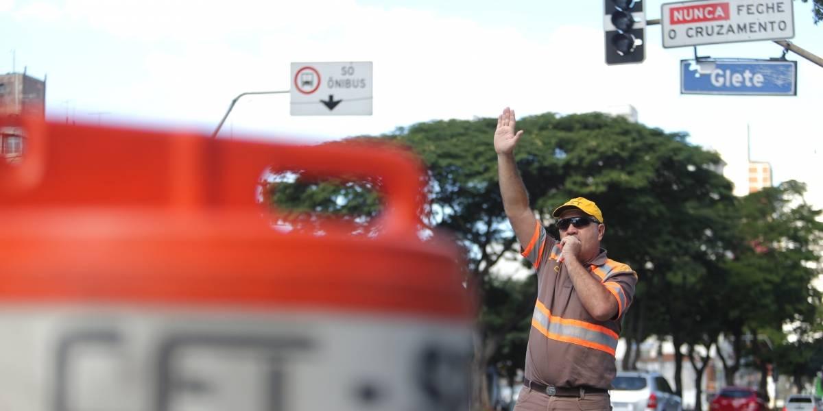 Fique atento às vias bloqueadas para carros e motos no centro de São Paulo na sexta-feira