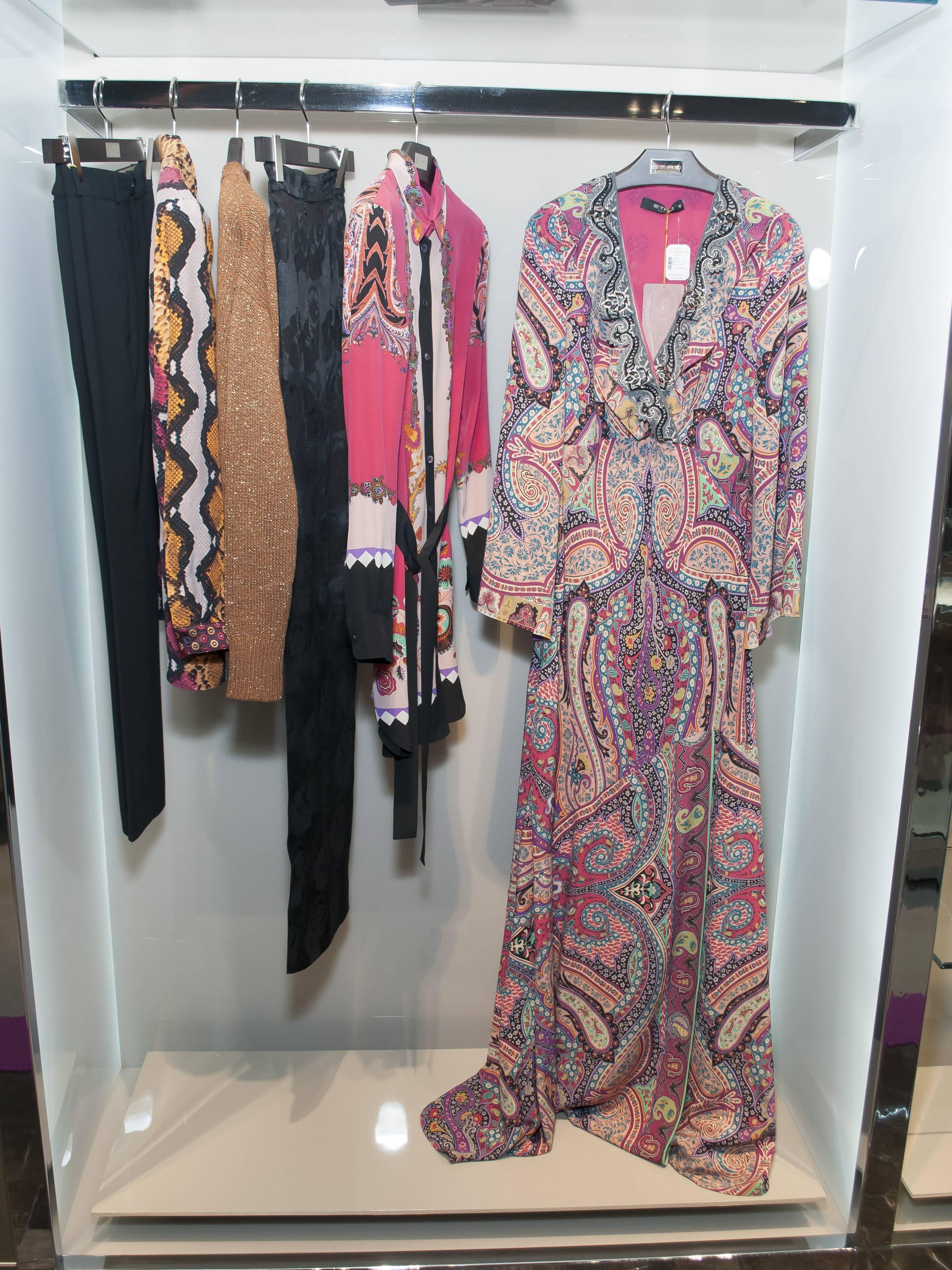 Estampados y prendas coloridas forman parte de esta colección JDS