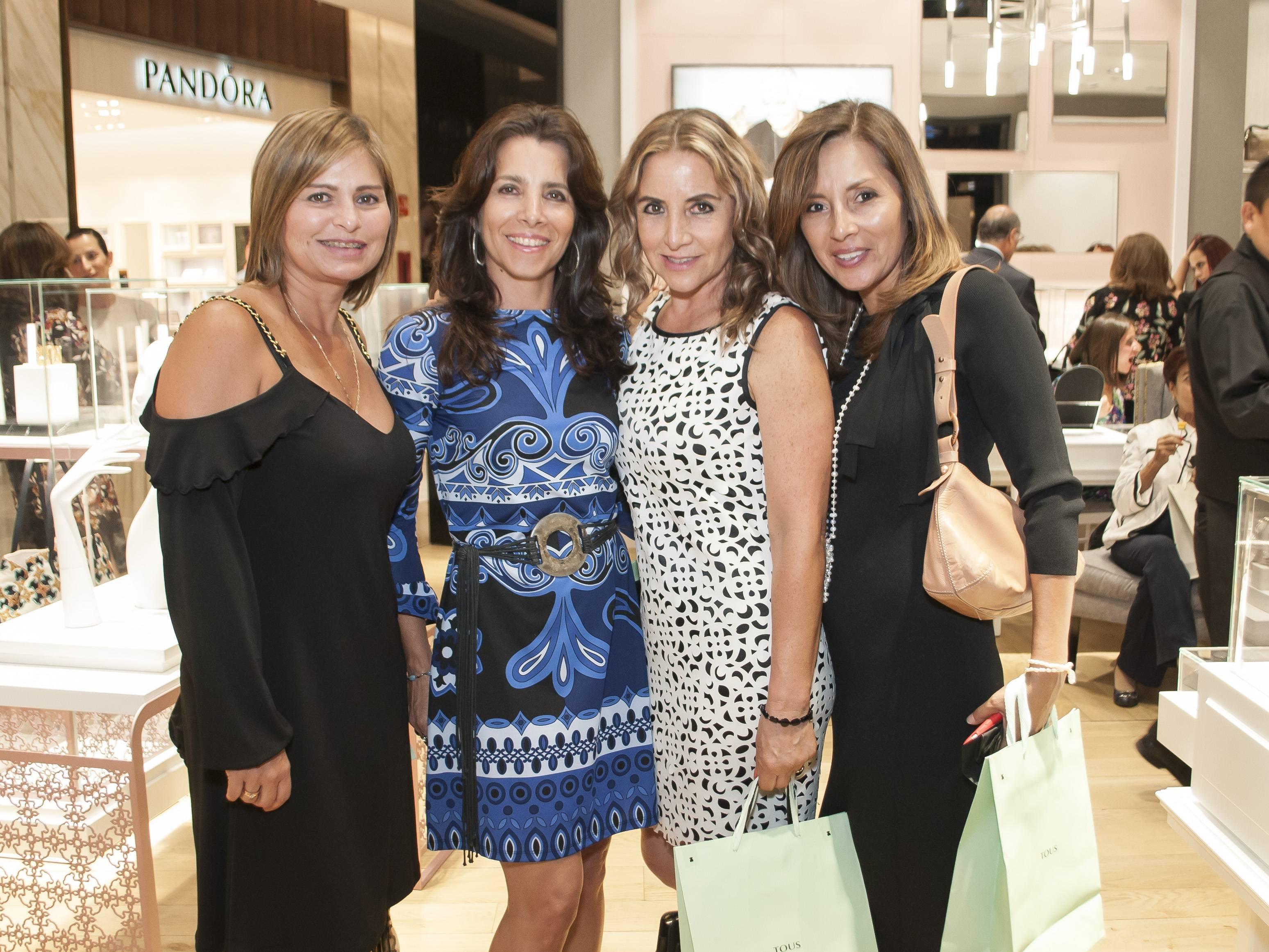 Giselle Ramírez, Evelyn Regalado, Luz María Jacks y Cecilia Vicuña JDS