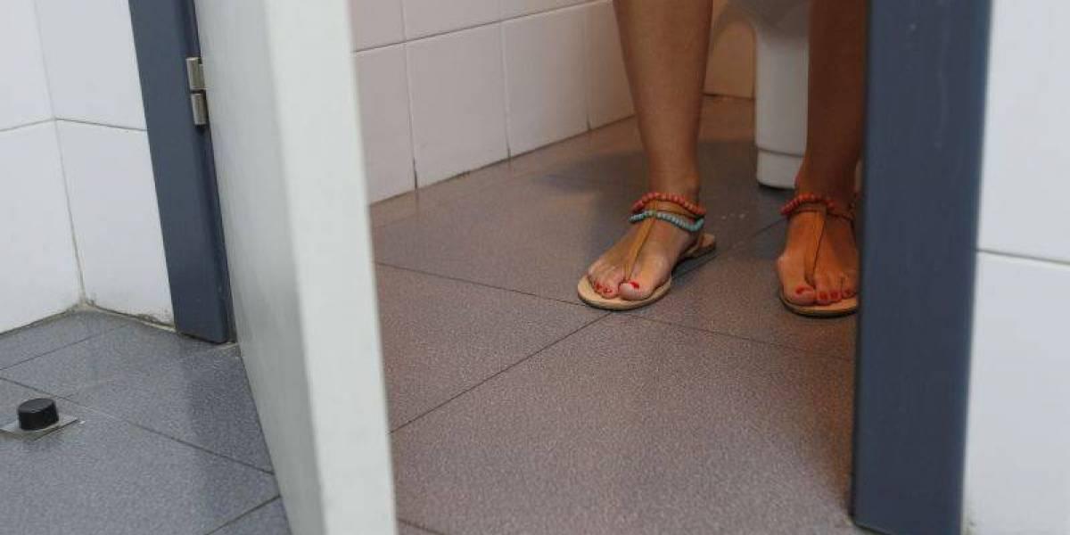 Condenado un colombiano en España por grabar a mujeres en el lavabo de un bar