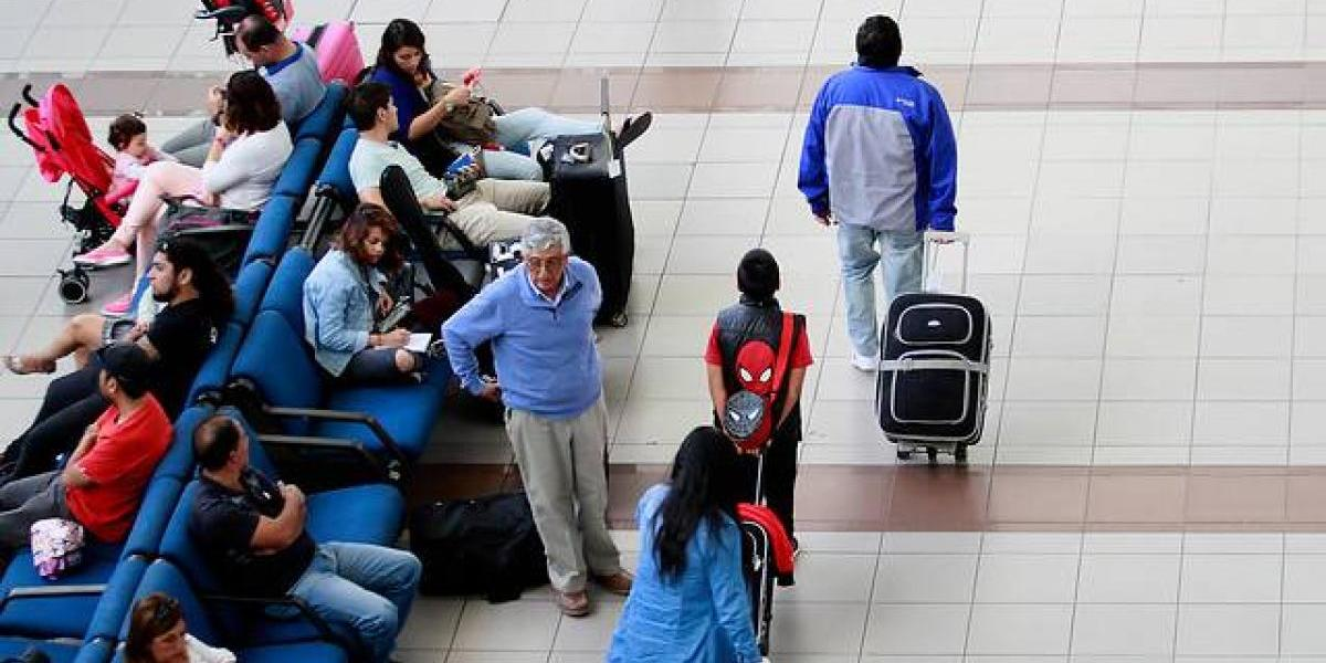 "Sindicatos de pilotos de Latam aseguran que modelo low cost esconde ""prácticas comerciales engañosas"""