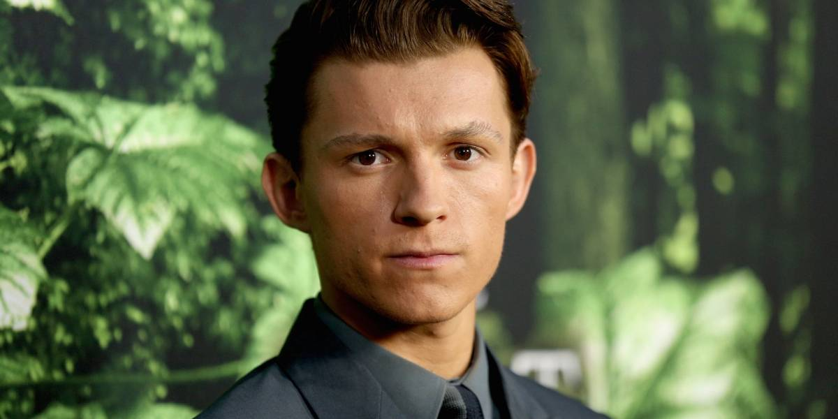 Tom Holland asegura que le gustaría interpretar a Batman o James Bond