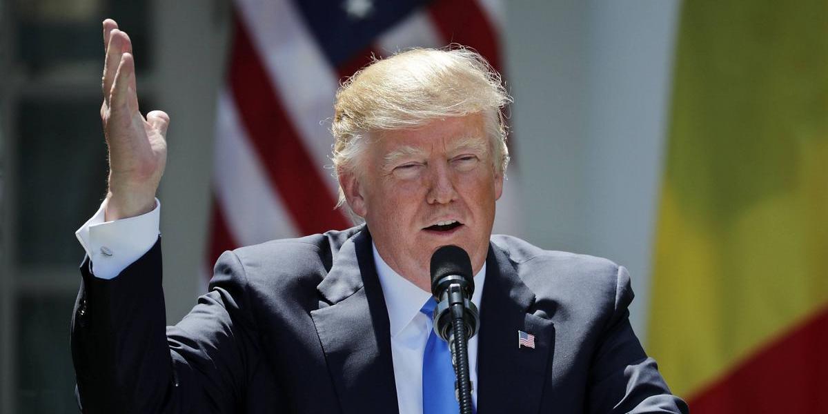 """Donald Trump dispuesto a declarar """"bajo juramento"""" por caso Comey"""