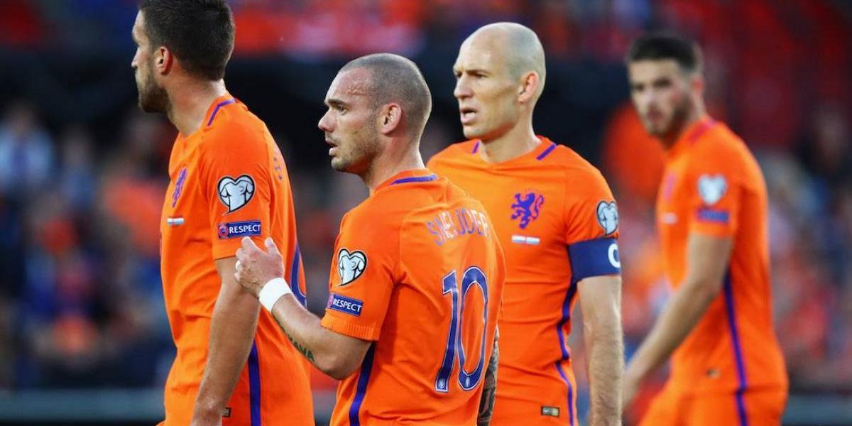 Holanda golea a Luxemburgo y revive esperanzas de clasificar a Rusia 2018