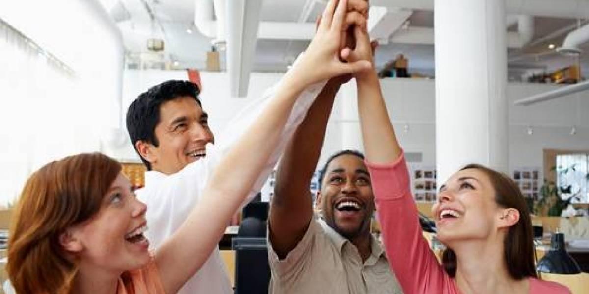 Grato ambiente laboral predomina como principal factor de felicidad en el trabajo