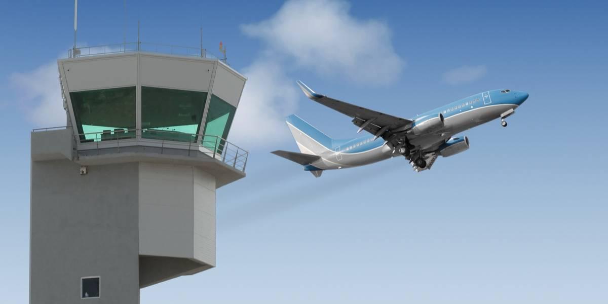 """Interfieren torre de control en aeropuerto con el tema """"Despacito"""""""