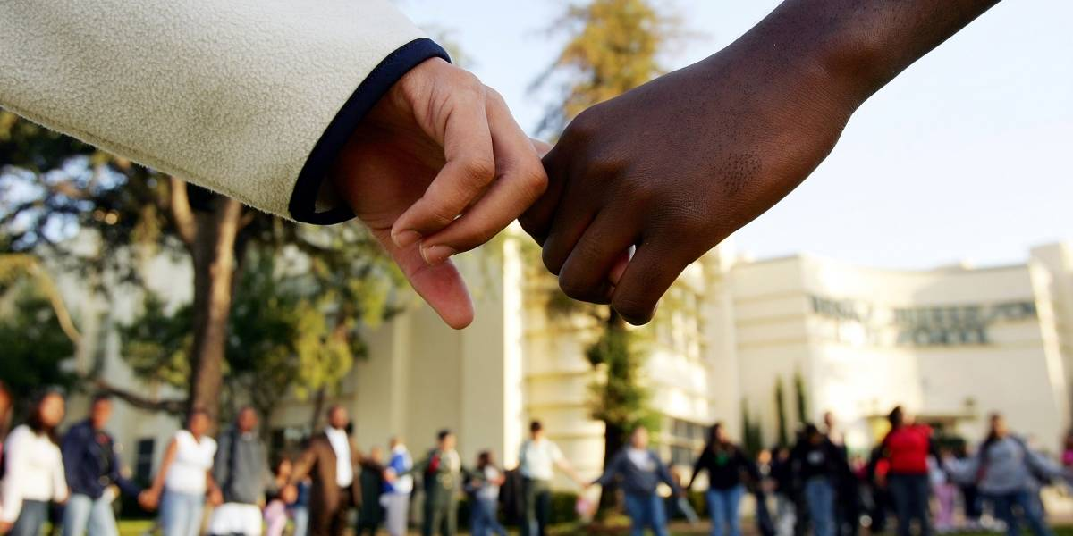 Negros graduados  têm salários até 29% menores