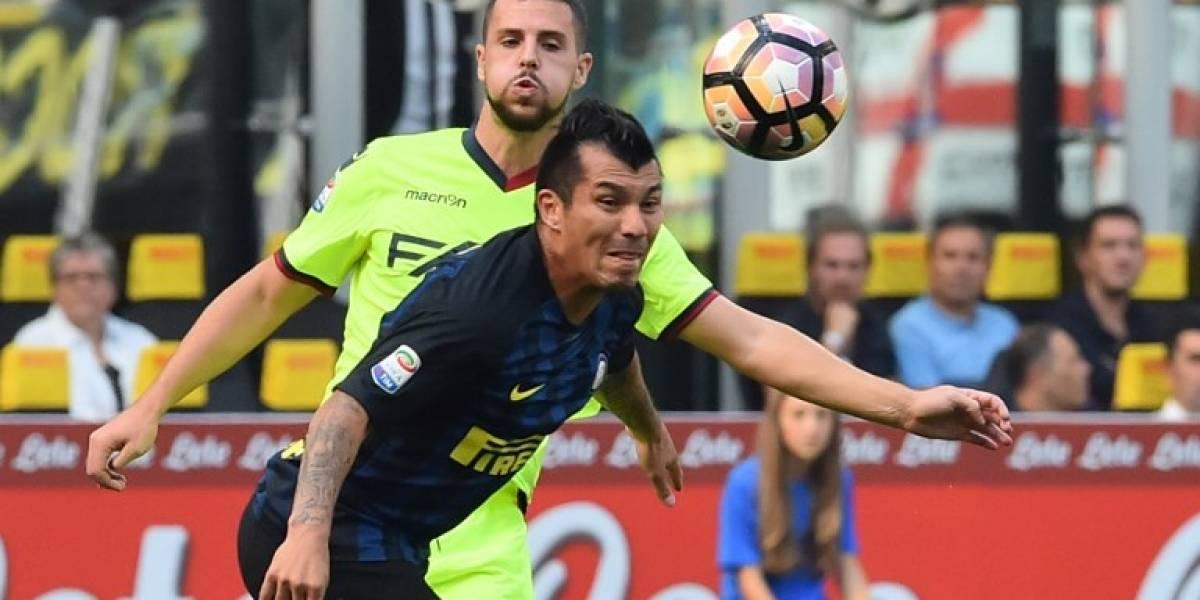 En Italia especulan con la salida de Gary Medel del Inter de Milán