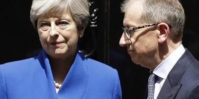 May dice que reflexionará sobre resultado electoral