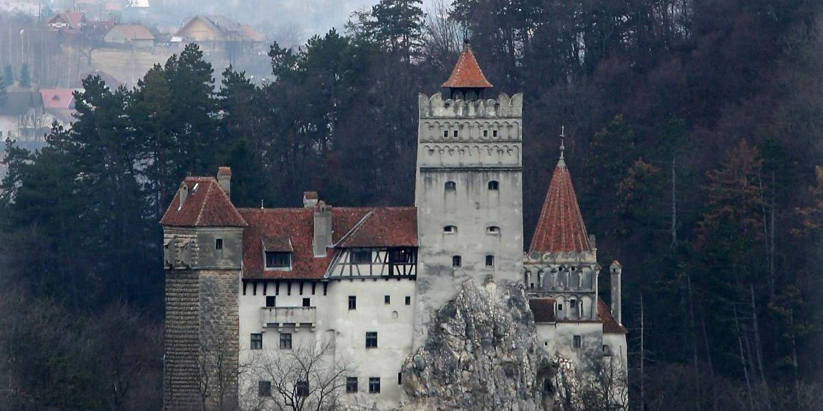 Cierran el verdadero castillo de Drácula por una amenaza salvaje