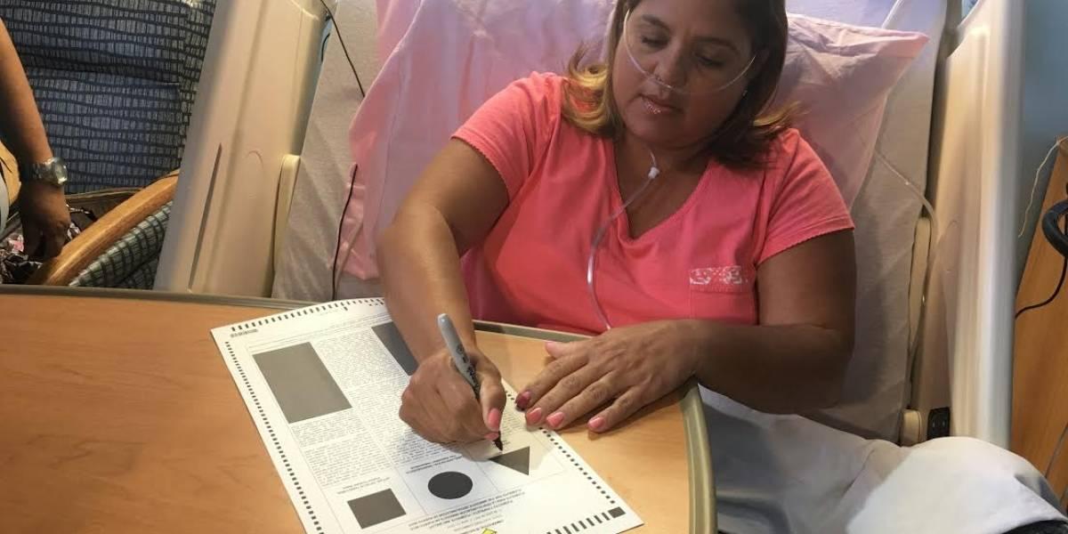 Paciente vota por la estadidad por un mejor futuro