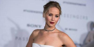 Jet de Jennifer Lawrence hace aterrizaje de emergencia