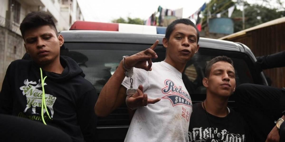 """Capturados por extorsión indican que son detenidos """"por santos"""""""