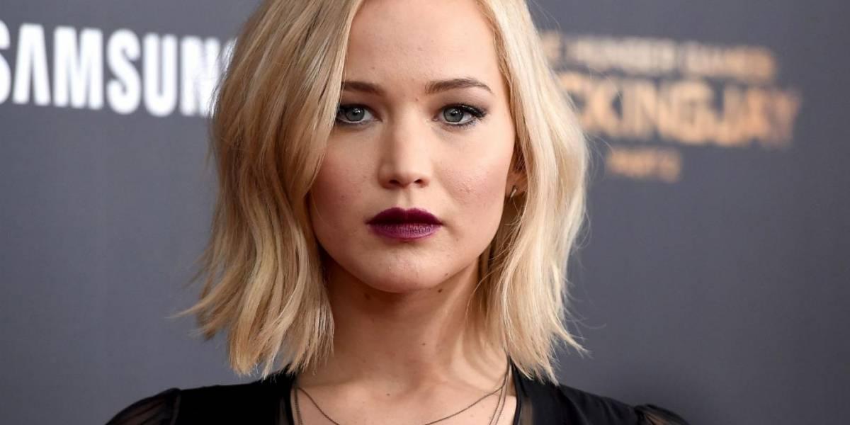 Jennifer Lawrence sale ilesa en aterrizaje de emergencia