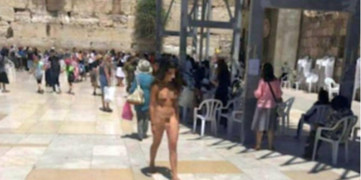 Arrestan a mujer por pasear desnuda en el Muro de las Lamentaciones de Jerusalén