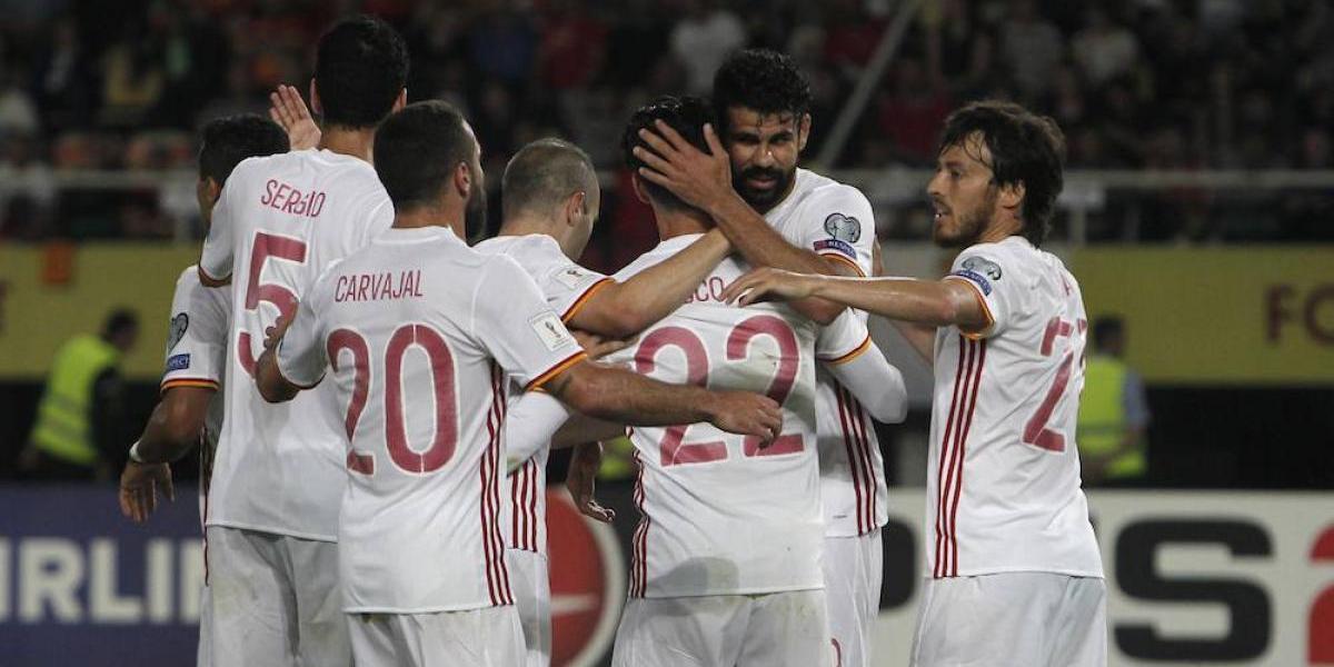 España e Italia mantienen pelea por liderato de grupo en eliminatorias