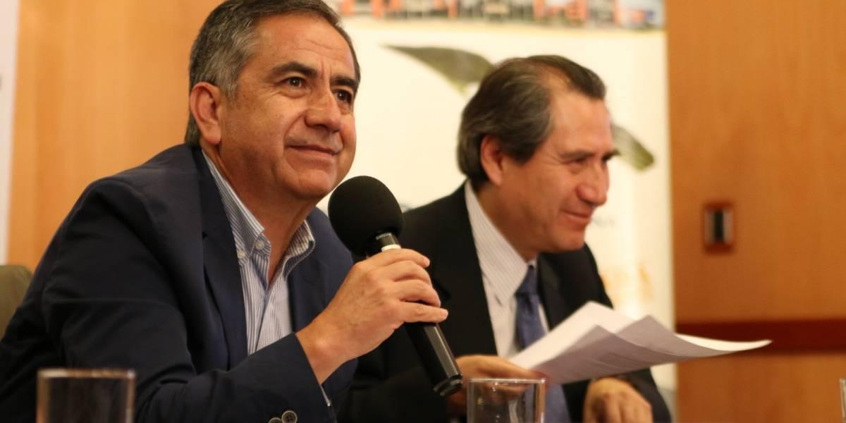 Augusto Barrera niega pacto del Gobierno con los Bucaram