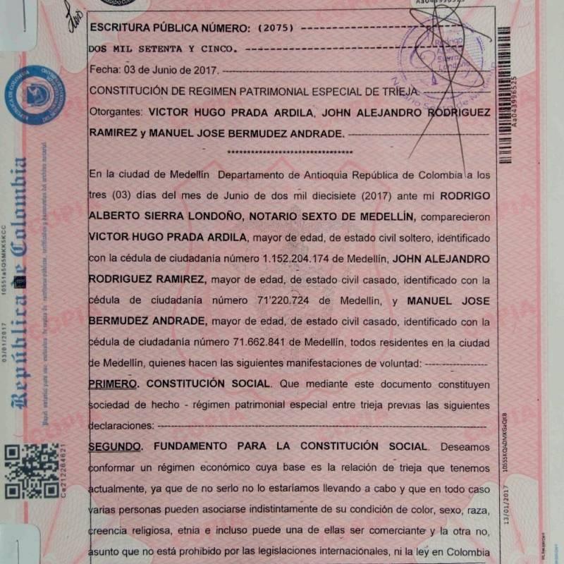 Hombres homosexuales legalizaron en Medellín el primer matrimonio con tres integrantes