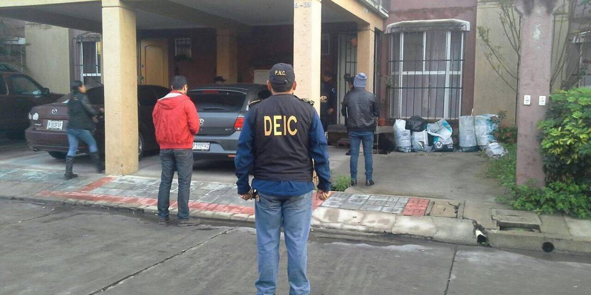 Capturan a funcionarios en allanamientos por caso Hogar Seguro