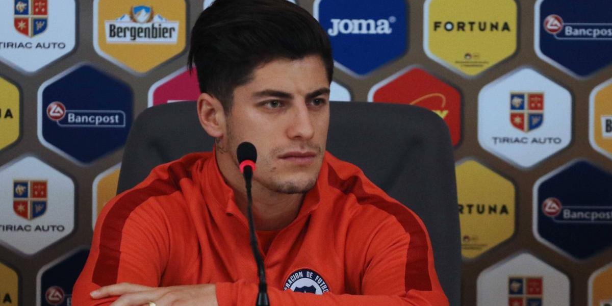 """Sagal no se preocupa por la falta de finiquito en La Roja: """"Los goles van a venir"""""""