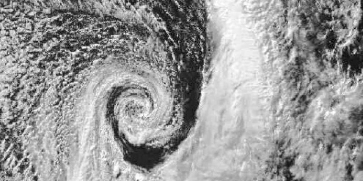 Así se ve el sistema frontal que amenaza con lluvias desde el miércoles a 10 regiones del país