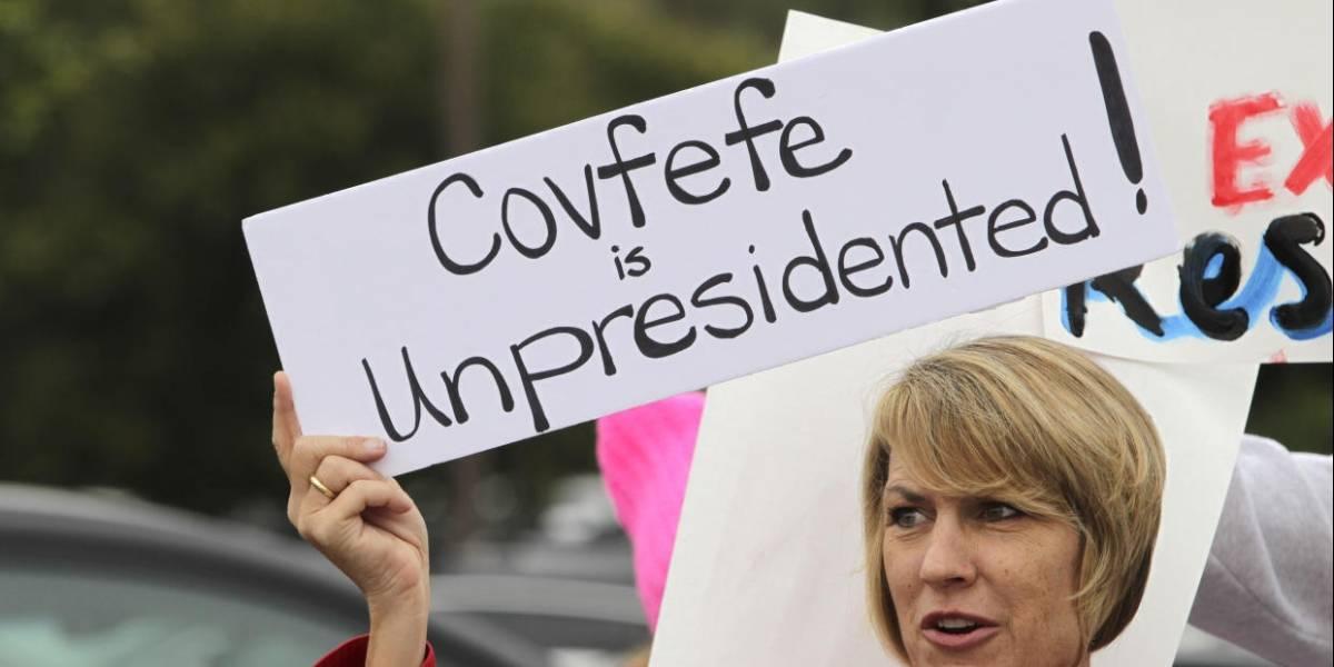 """Presentan la ley """"Covfefe"""" para registrar oficialmente los tuiteos de Trump"""