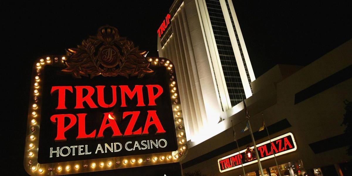 Demandan a Donald Trump por recibir dinero de Gobiernos extranjeros