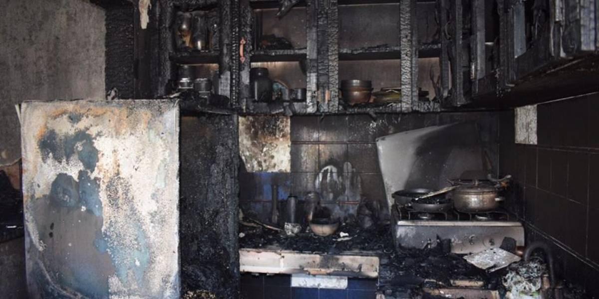 Incendio en negocio de la zona 10 deja pérdidas materiales