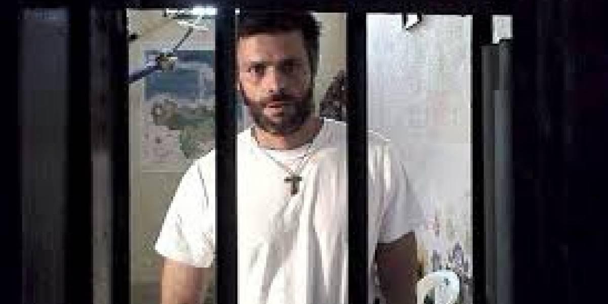 """Leopoldo López pide """"rebelarse"""" a militares de Venezuela en un nuevo video filtrado de la cárcel"""