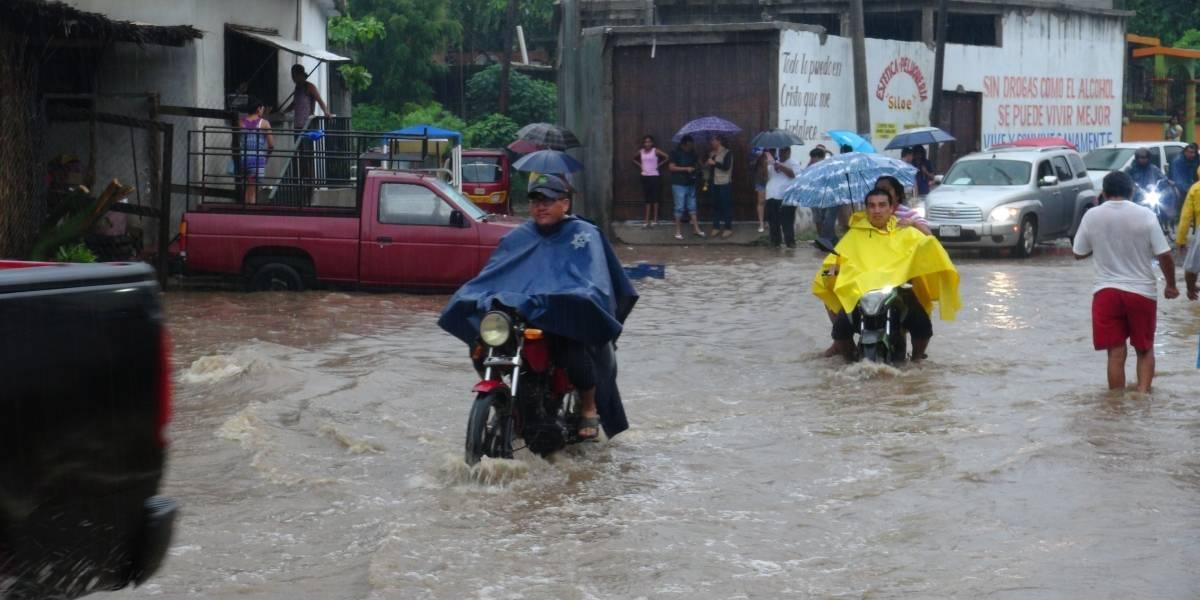 Alerta en costas de Oaxaca por aproximación de depresión tropical 3-E