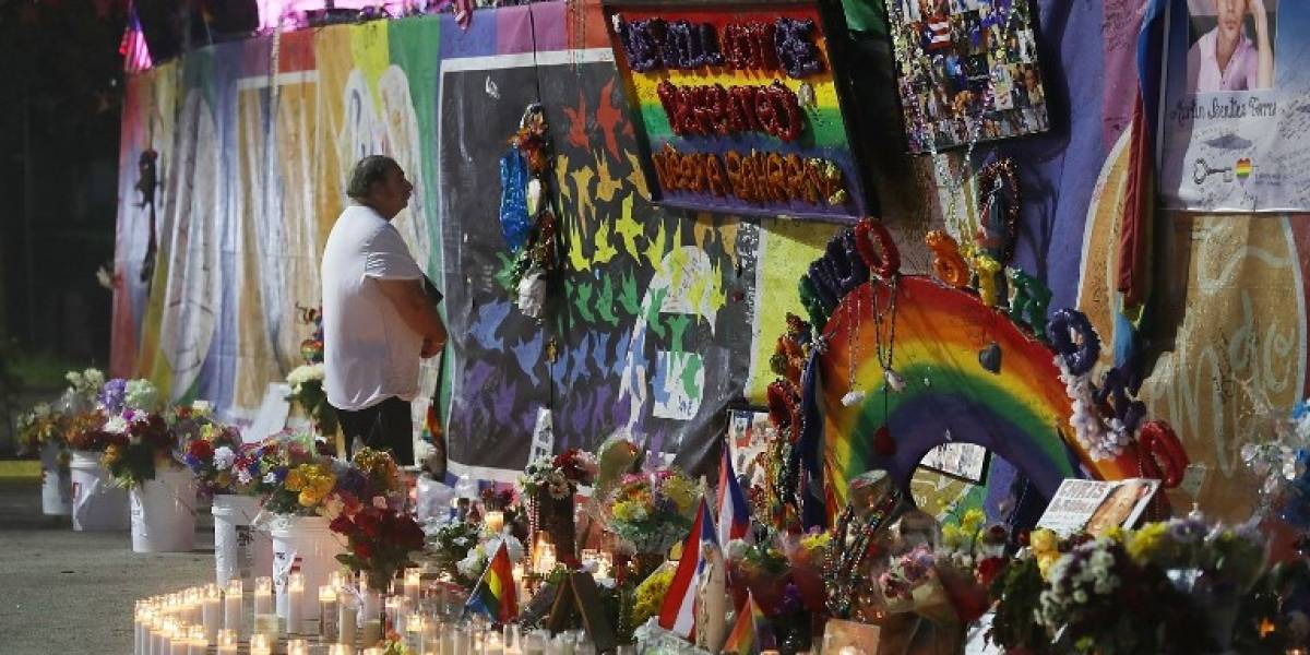 Orlando no olvida y conmemora a las víctimas a un año del ataque terrorista en discoteque gay