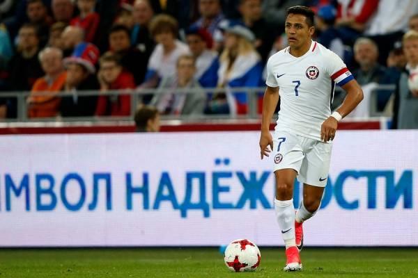 Alexis encabezará el equipo ante Rumania / Photosport