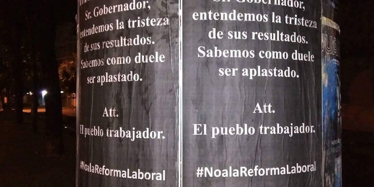 Amanece área Metro con pasquines alusivos a resultados del plebiscitos
