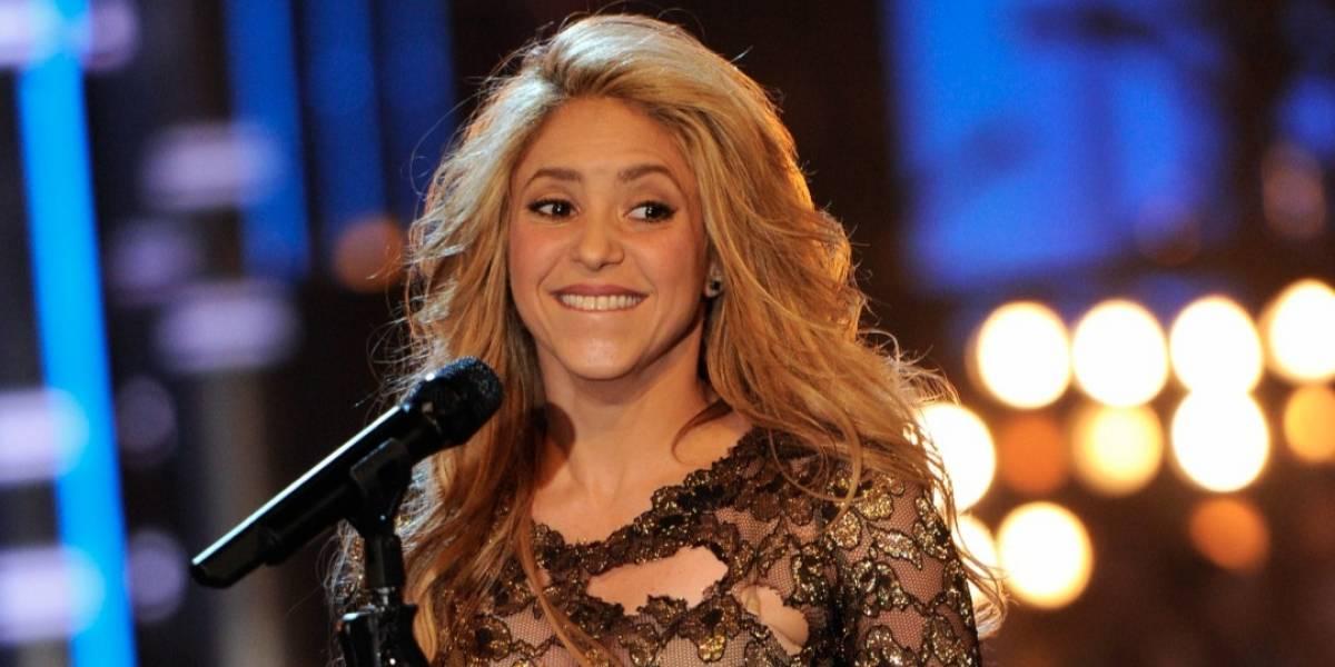 Shakira quiere tener más hijos con Piqué — Muy enamorada