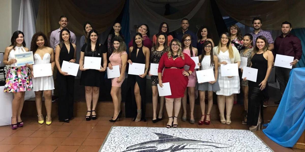 UPR Aguadilla recibe premio de asociación de recursos humanos más grande del mundo