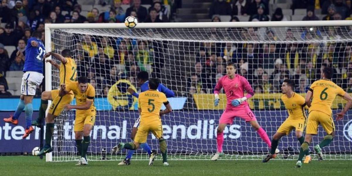 Desorden y fragilidad defensiva: así Brasil le hizo daño a Australia, rival de Chile en la Copa