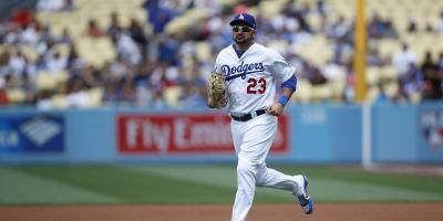 Dodgers envían a Adrián González a lista de inhabilitados