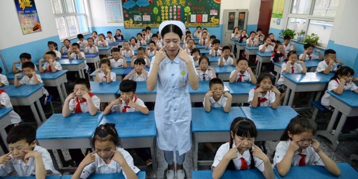 La fábrica de maquillaje que ensordece a los niños en China