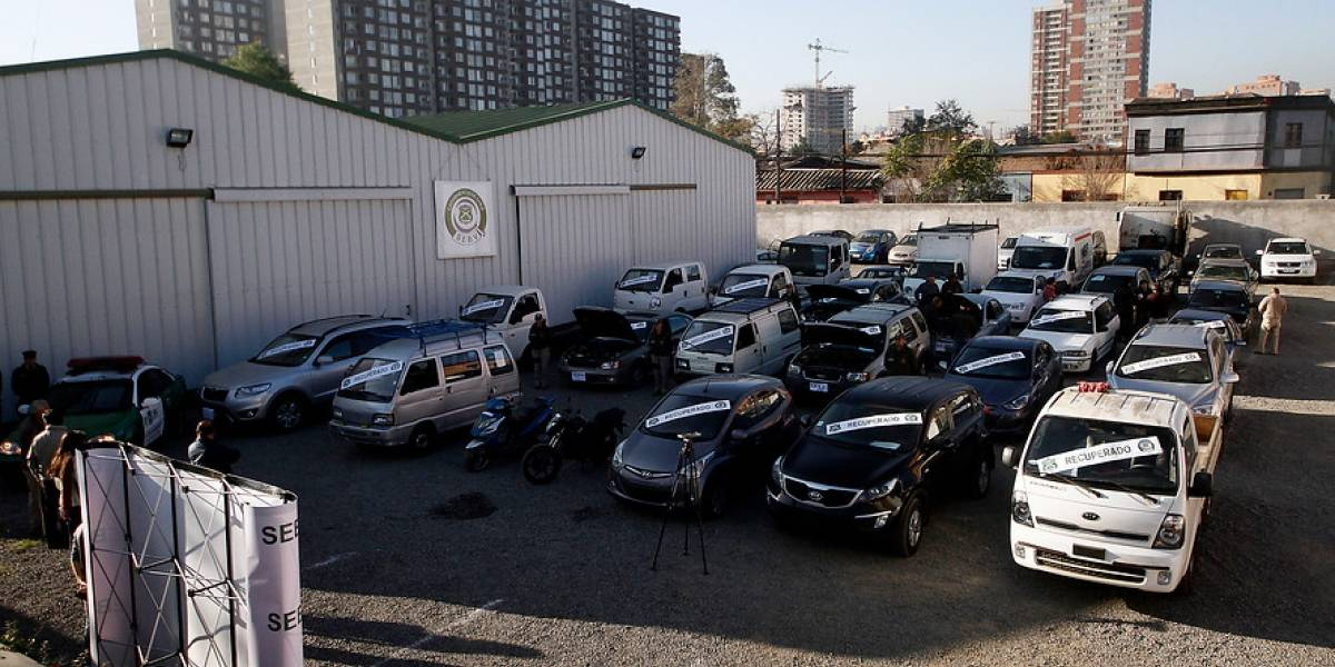 Estos son los autos asegurados más robados entre enero y abril de este año